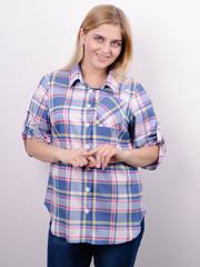 Делюкс. Стильна жіноча сорочка плюс сайз. Клітинка джинс.