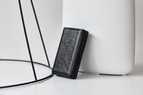 Shanling M2X Leather Case black, чехол для плеера