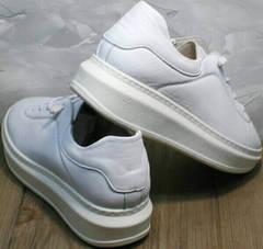 Женские белые кроссовки с толстой подошвой Rozen M-520 All White.