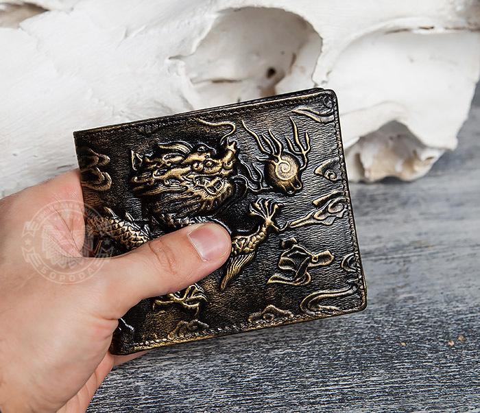 WL293-2 Крутой мужской кошелек золотистого цвета с драконом фото 09
