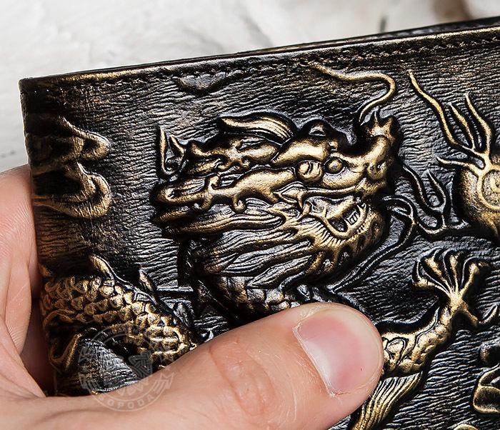 WL293-2 Крутой мужской кошелек золотистого цвета с драконом фото 10