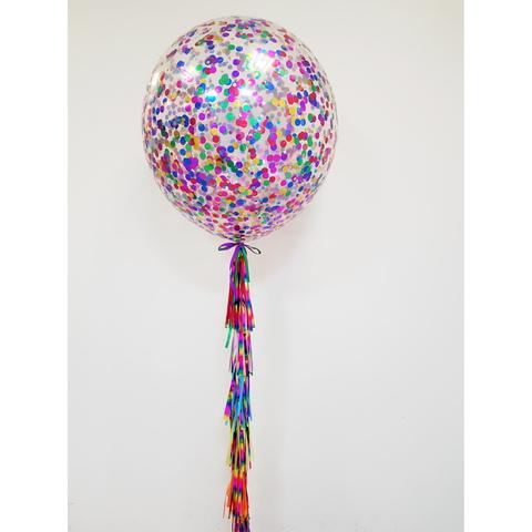 Шар-гигант с разноцветным конфетти на ярком хвосте