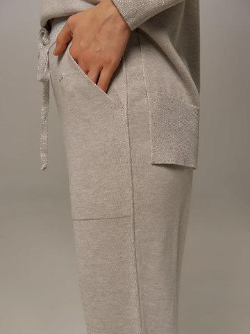 Женские брюки цвета серый меланж из шелка и кашемира - фото 4