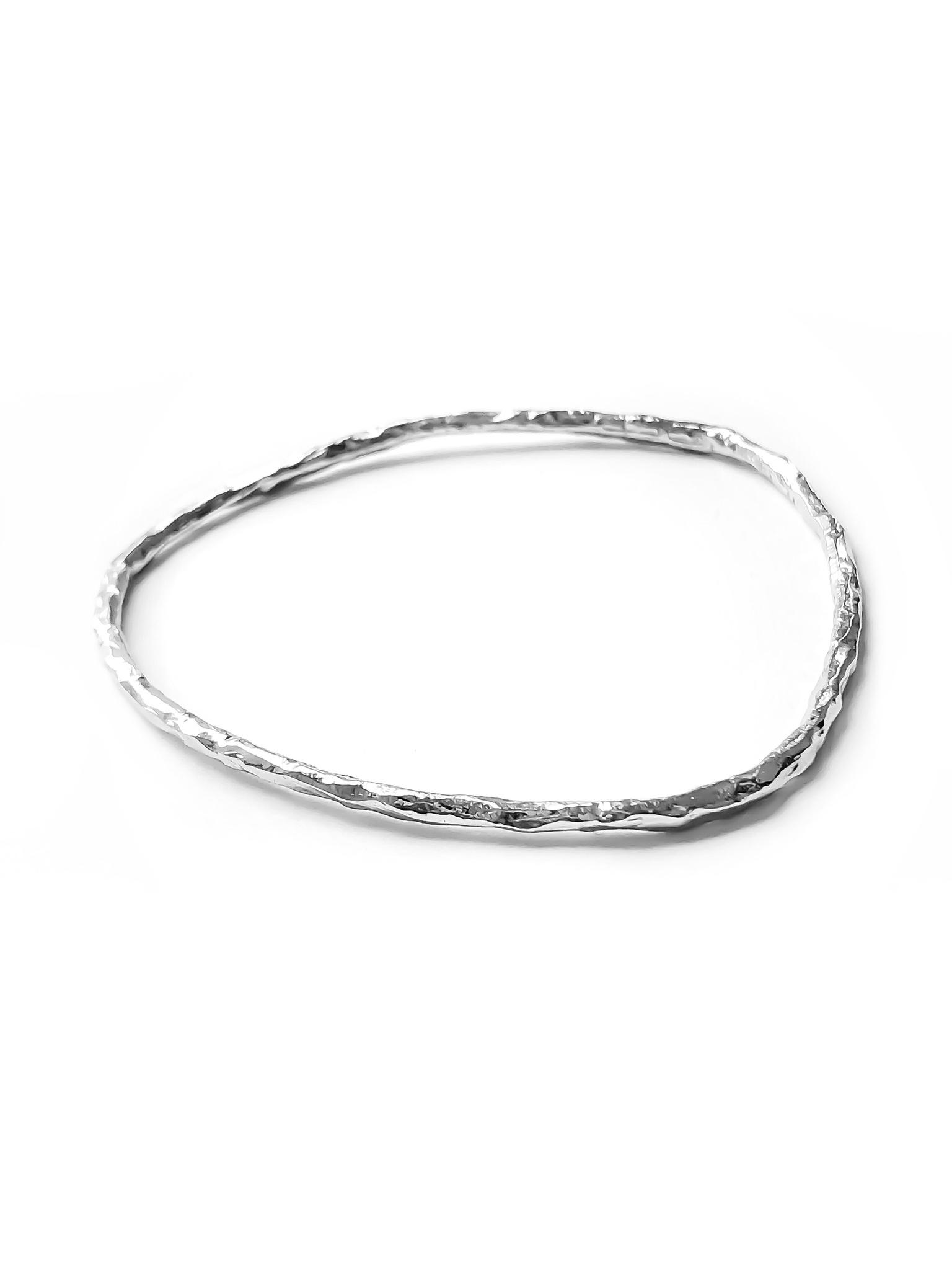 Серебряный жесткий браслет