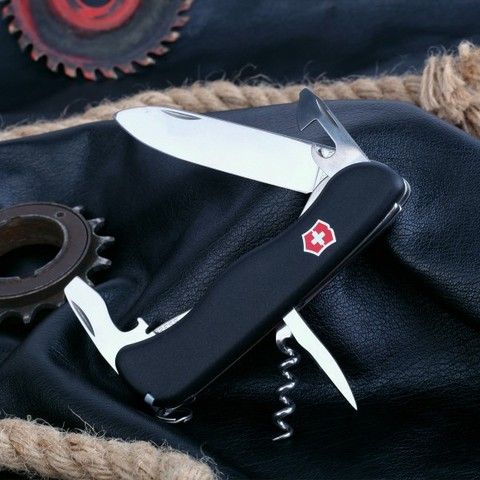 Нож Victorinox Nomad (0.8353.3) черный