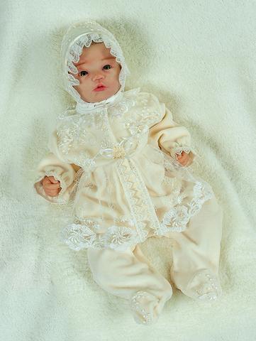 Велюровый наряд на крещение Мари молочно-бежевый