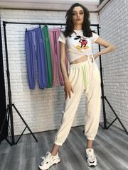 Спортивные штаны из белого трикотажа Nadya