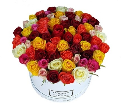 Коробка с цветными розами