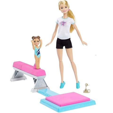 Барби тренер по гимнастике с ученицей
