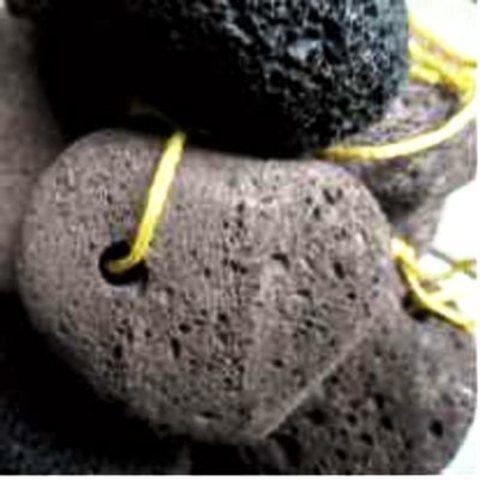 Пемза натуральная вулканическая круглая с канатом