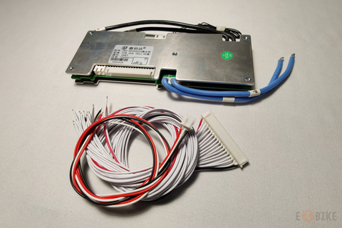 Симметричная SMART BMS Li-Ion 16s 30 A