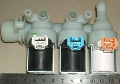 Заливной клапан 3Wx90 стиральной машины Hotpoint-Ariston, Indesit (клеммы mini) 110331, 097393