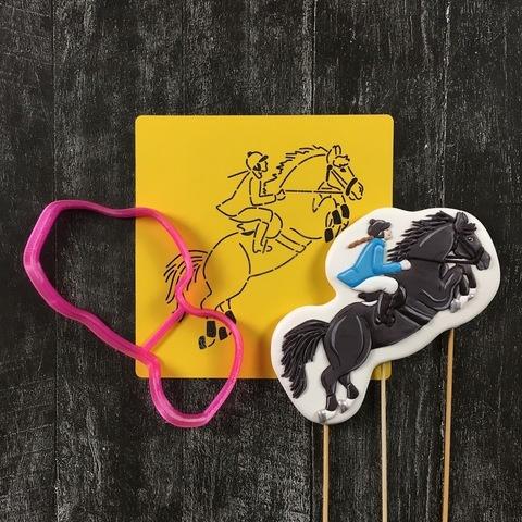Девушка на лошади №1