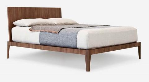 Кровать Spillo, Италия