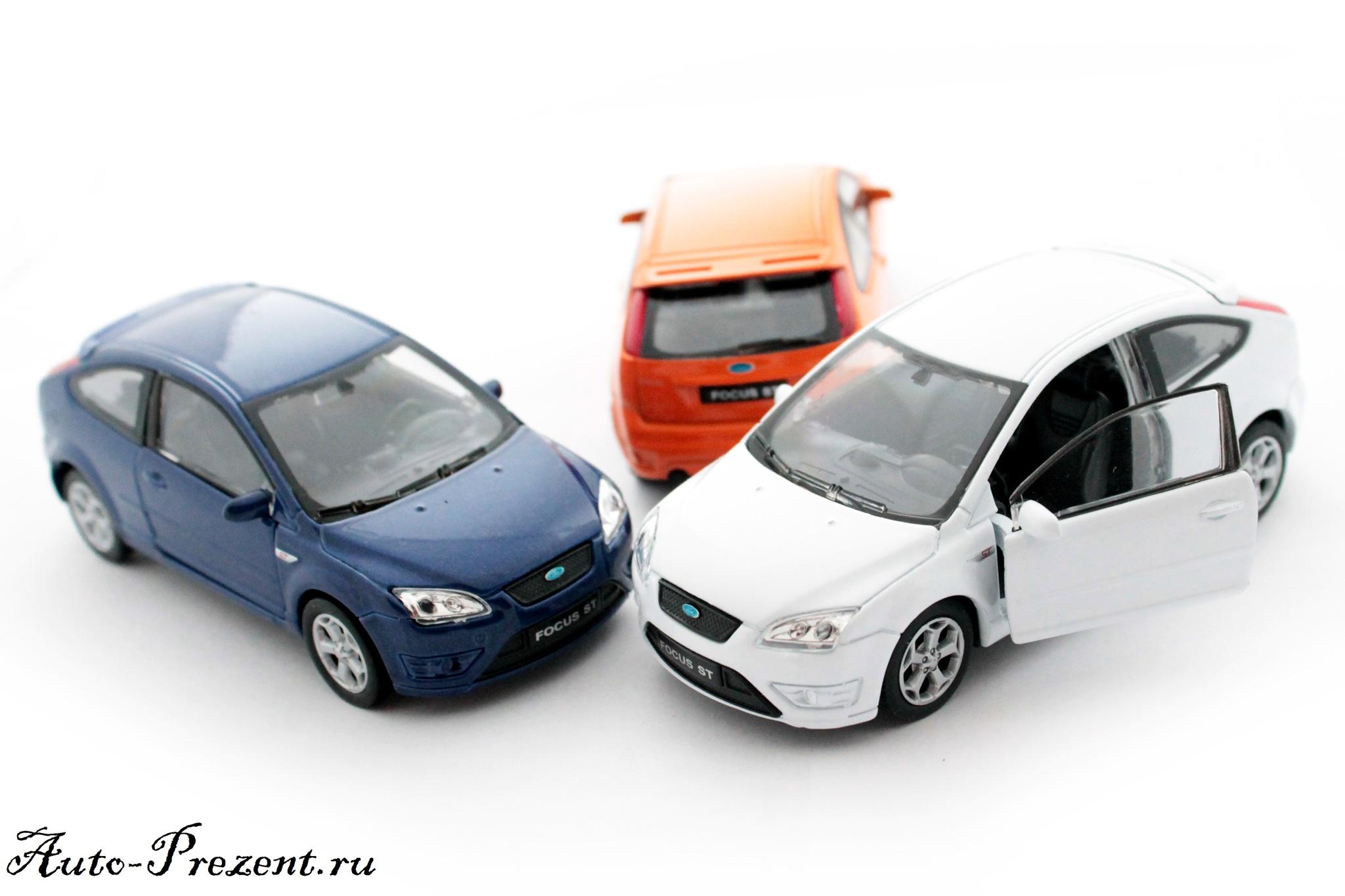 Машинка-игрушка Ford Focus