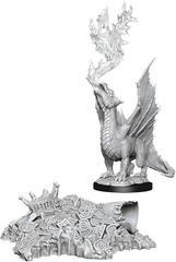 D&D Nolzur's Marvelous Miniatures - Gold Dragon Wyrmling & Small Treasure Pile
