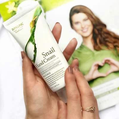 Крем для рук увлажняющий с муцином улитки 3W CLINIC Moisturizing Snail Hand Cream