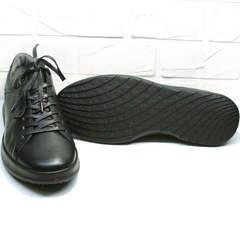 Модные мужские кроссовки кеды черные с черной подошвой демисезонные Ikoc 1725-1 Black.
