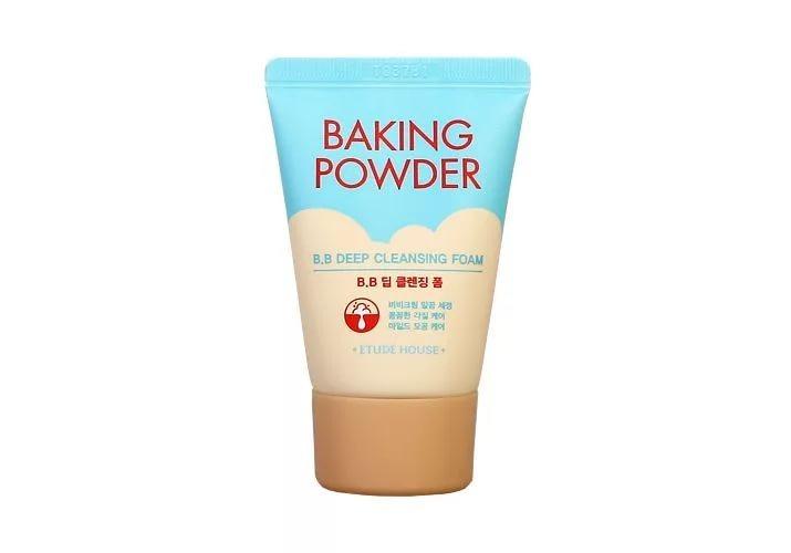 Пенка для умывания усиленная с содой Etude House Baking Powder BB Deep Cleansing Foam, 30 мл