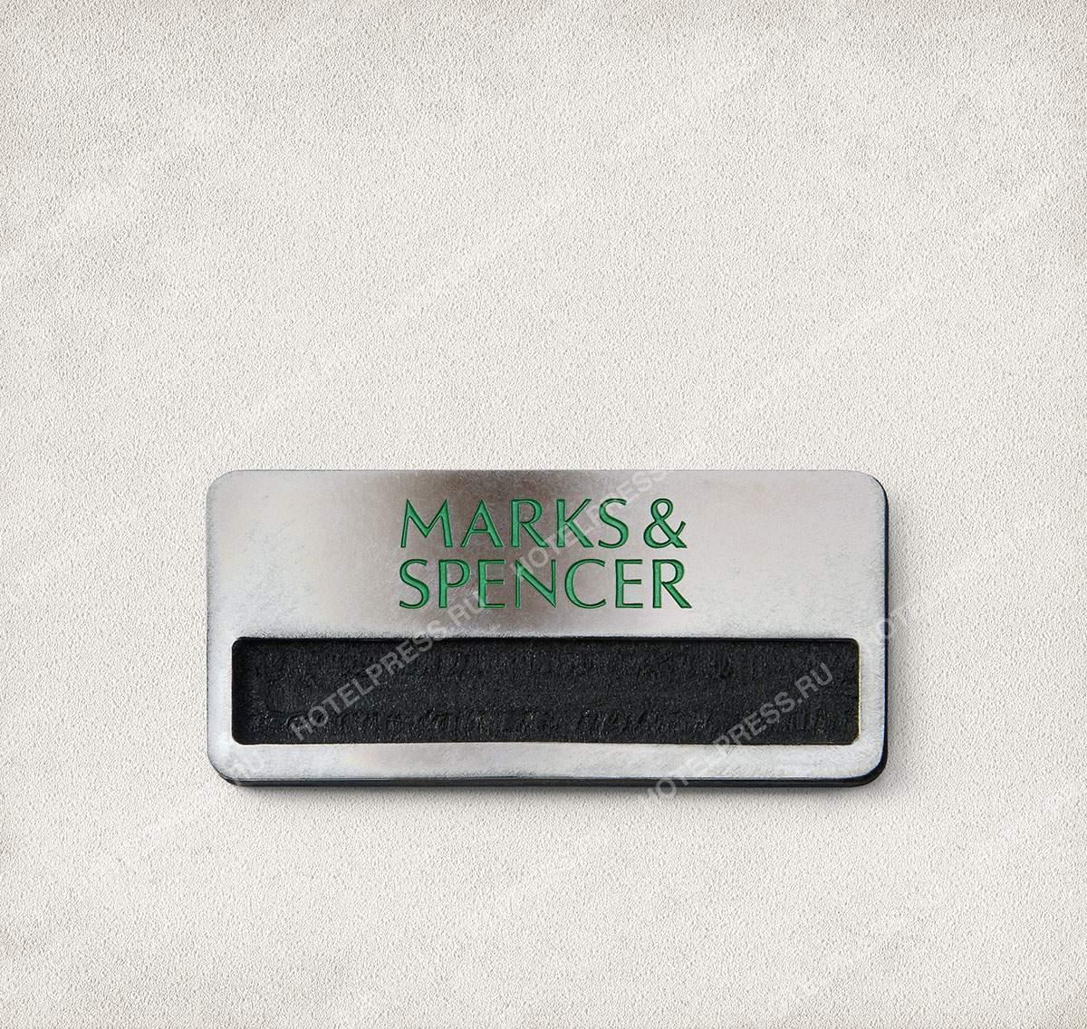 Бейджи из алюминия с гравировкой и эмалью магазина MARKS & SPENCER