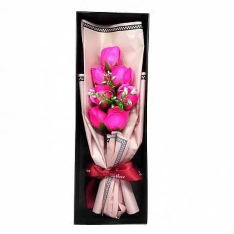 Букет из 7 мыльных роз в подарочной коробке розовый