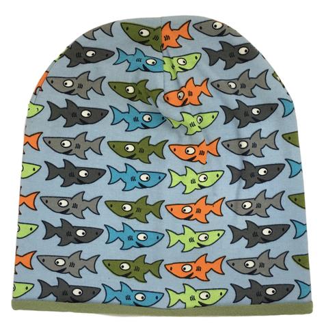 Шапочка бини с акулами