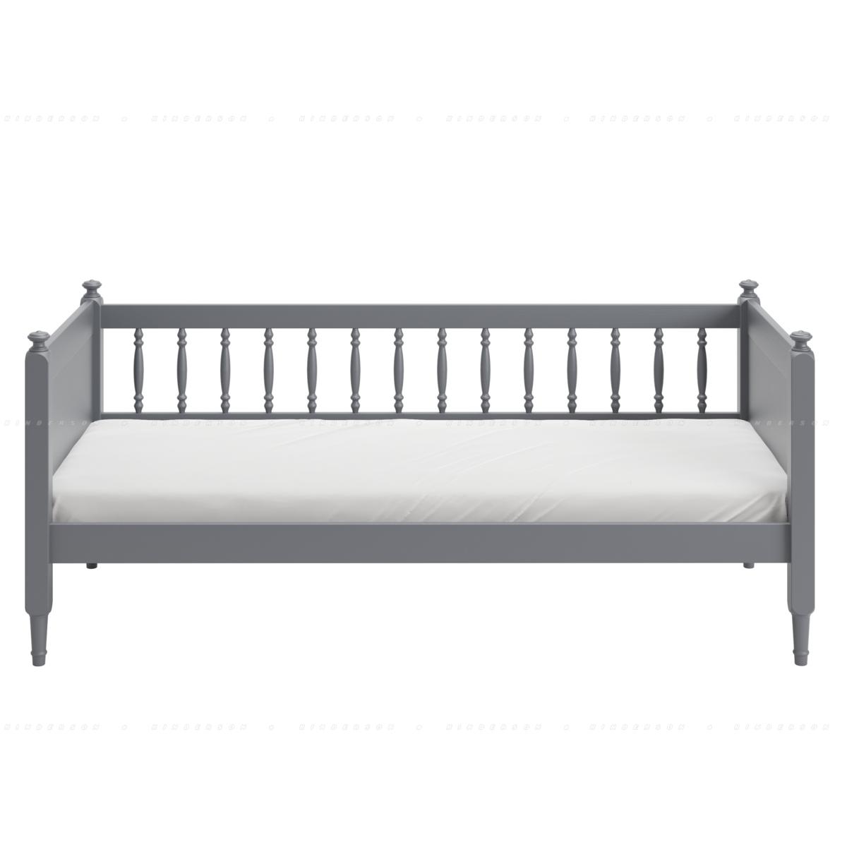 Бортик придает дополнительную жесткость конструкции кровати.