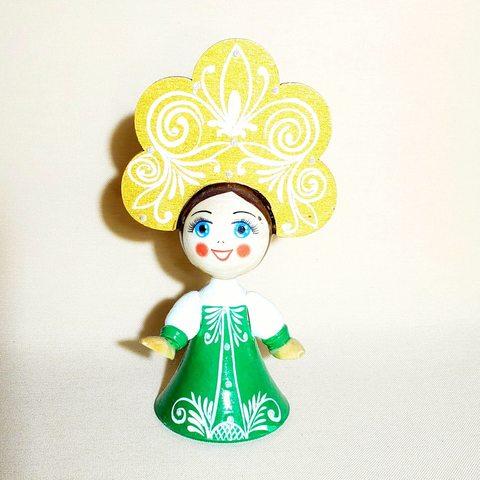 Кукла деревянная расписная в платье и кокошнике 13 см