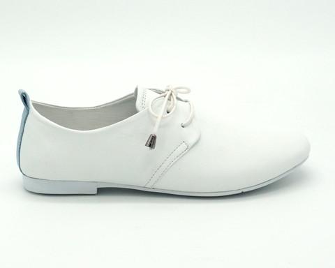Кожаные полуботинки белого цвета
