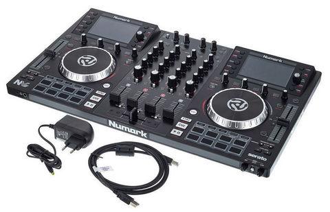 DJ контроллер Numark NV II