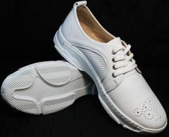 Белые спортивные туфли на белой подошве женские Derem 18-104-04 All White