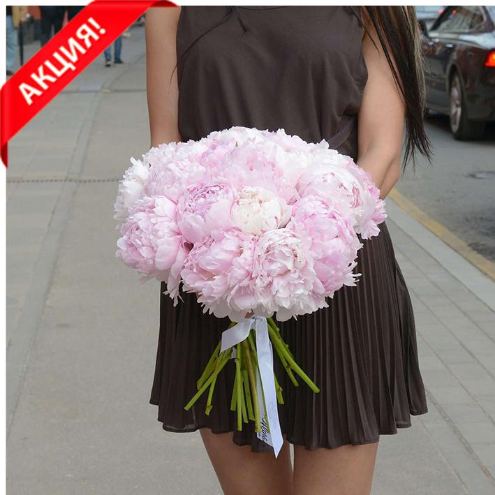 Купить букет 21 розовый пион Сара Бернар в Перми