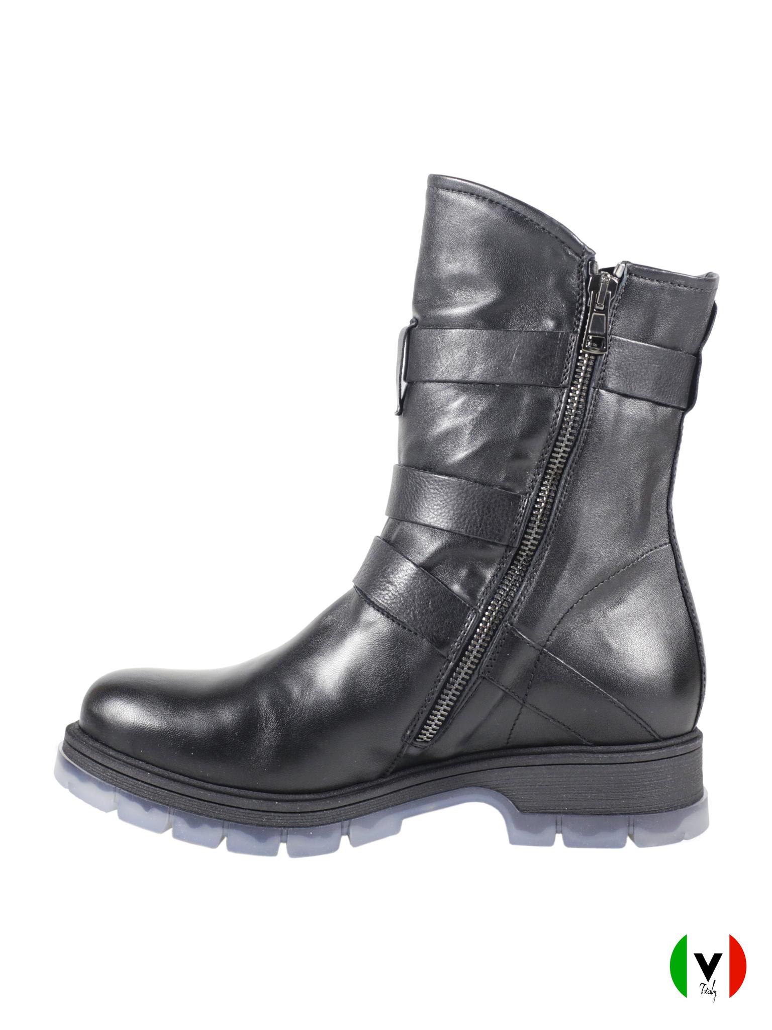Зимние ботинки Fru.it с кожаными ремешками 5826, артикул 5826, сезон зима, цвет чёрный, материал кожа, цена 17 500 руб., veroitaly.ru