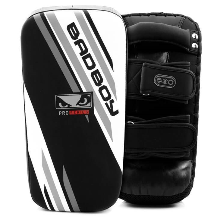 Пэды Пэды Bad Boy Pro Series Advanced Long Thai Pads-Black/White 1 пара 1.jpg