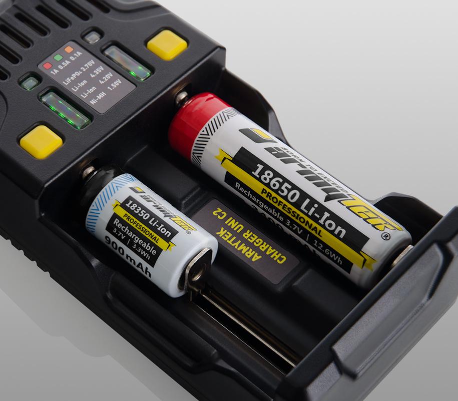Универсальное зарядное устройство Armytek Uni C2 - фото 3
