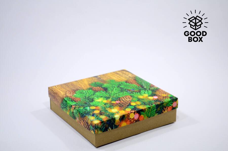 Новогодняя подарочная коробка