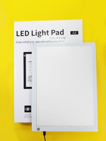 Светодиодный планшет А4 для рисования, копирования / графический / световой / БЕЛЫЙ