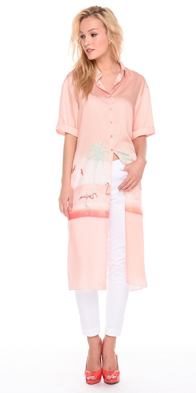 Платье З192-733 - Платье-рубашка с оригинальным принтом актуальной длины. В комплекте пояс из основной ткани платья. Очень универсальная и практичная вещь, поскольку подходит к любому типу фигуры. Его можно носить практически везде: на прогулку, вечеринку, пляж, даже в офис! Надев такое платье однажды, вы уже никогда не захотите с ним расставаться