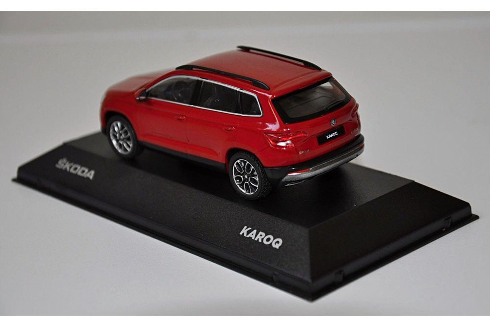 Коллекционная модель SKODA KAROQ 2019 RED (1:43)