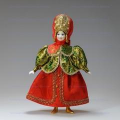 Кукла в русском костюме Марфа
