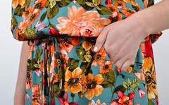 Мрия. Яркое платье больших размеров. Цветы на бирюзе.