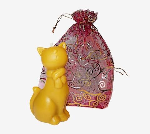 Свеча Кошечка, в подарочном мешке