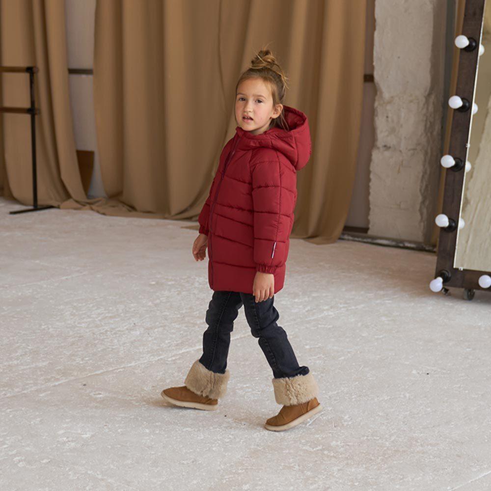 Дитяча подовжена зимова куртка в бордовому кольорі для дівчинки