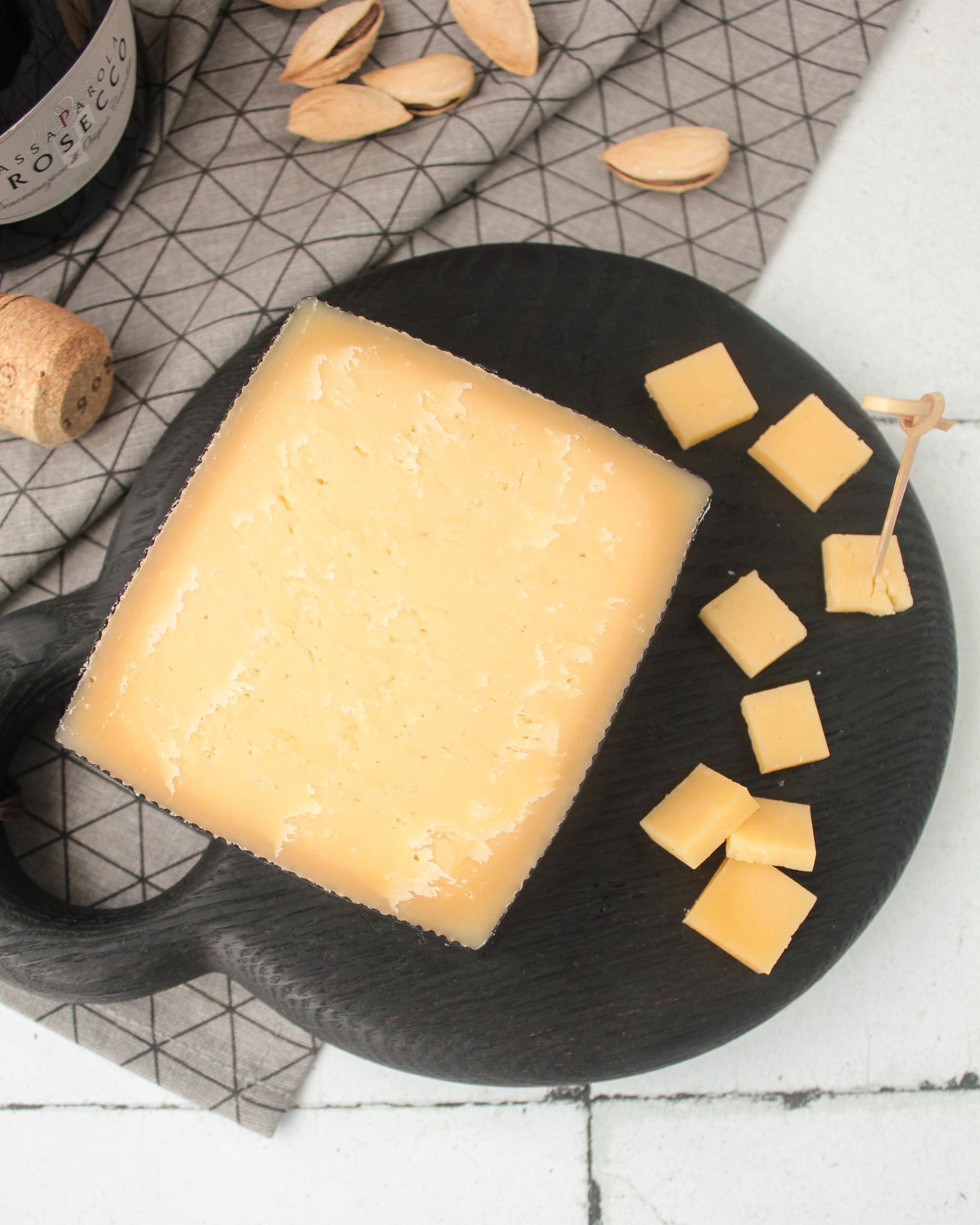 Сыр Голдер, кг
