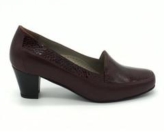Бордовые туфли из комбинированной кожи