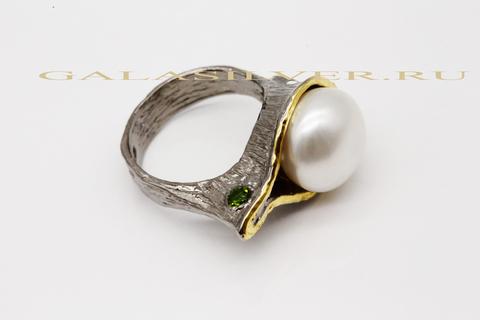 Кольцо с жемчугом и хромдиопситом из серебра 925