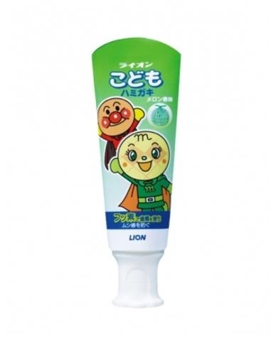 Слабообразивная детская зубная паста с ароматом дыни KODOMO Lion 40 гр