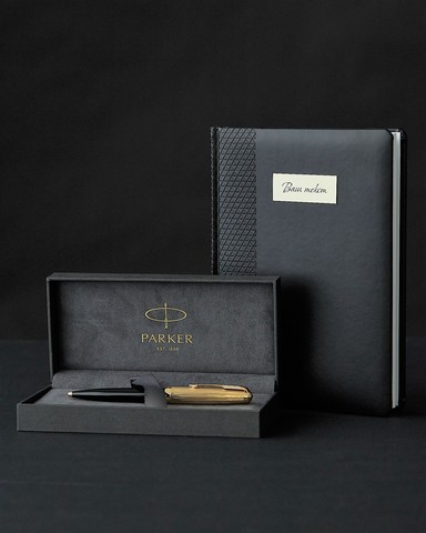 Подарочный набор с ручкой Parker 51 DELUXE BLACK GT и ежедневником с индивидуальной гравирвкой