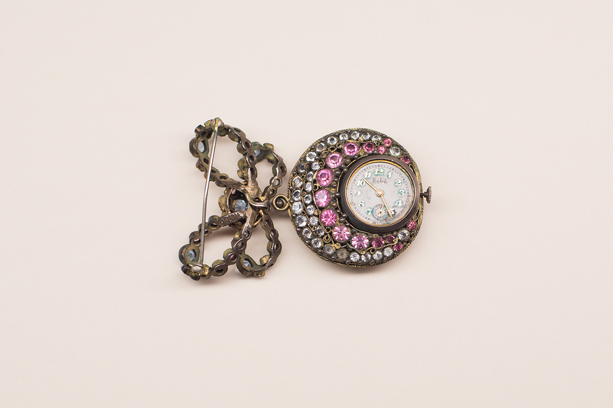 Rare watch brooch by Hobe, 30s-40s.