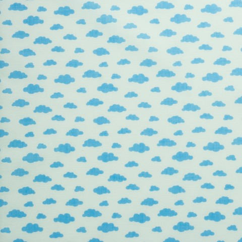 Ткань хлопковая голубые облачка на белом